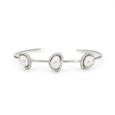 White gold, pearl and diamond bangle
