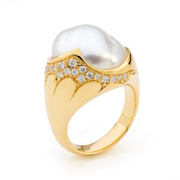 South Sea Keshi Ring